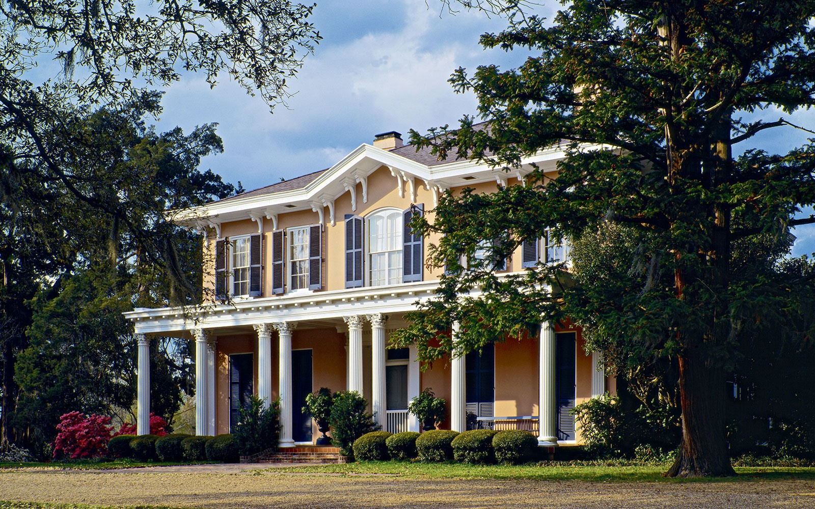 In Photos New Orleans S Historic Architecture Travel Leisure
