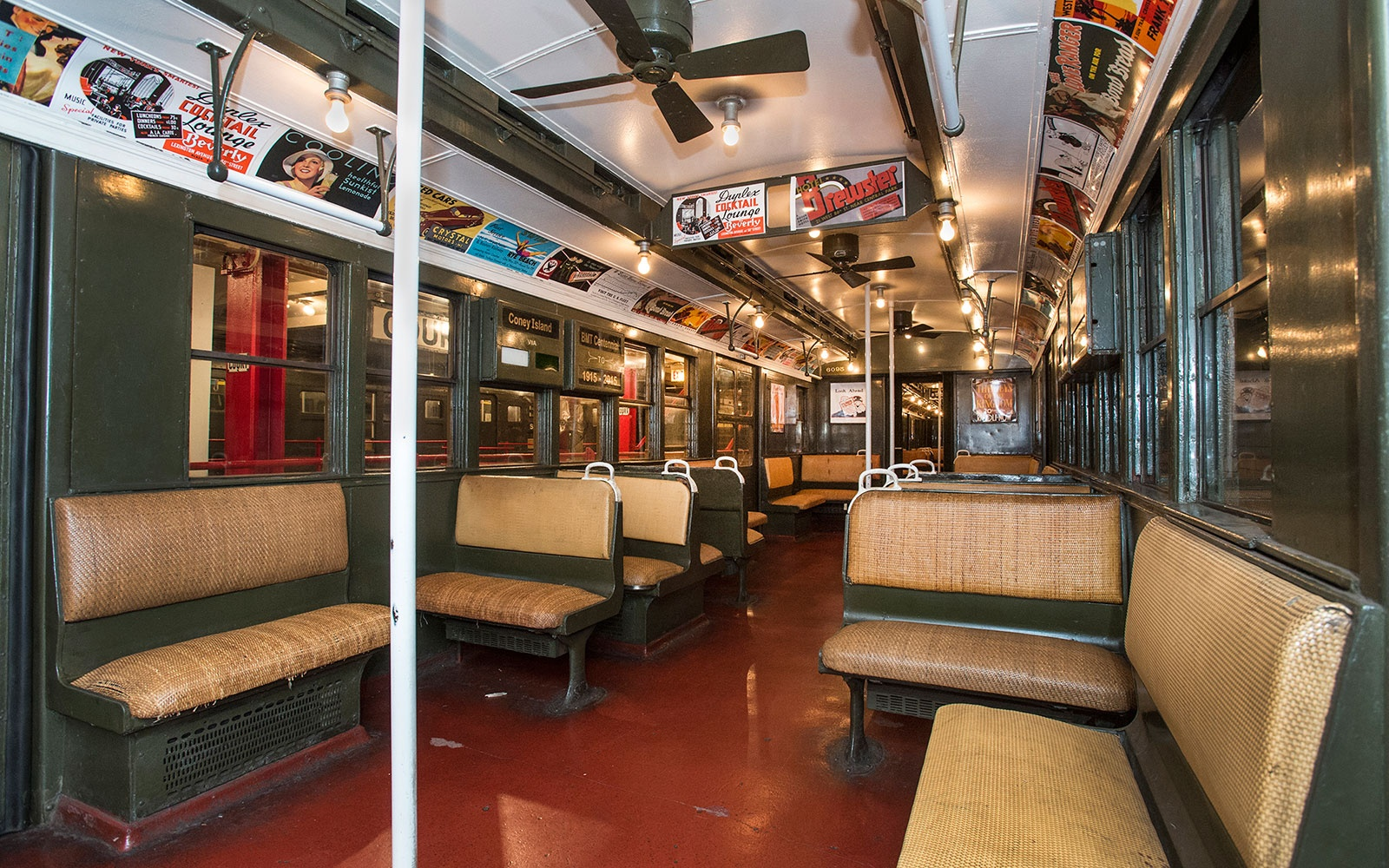 nyc s gorgeous old trains are back for the weekend travel leisure. Black Bedroom Furniture Sets. Home Design Ideas