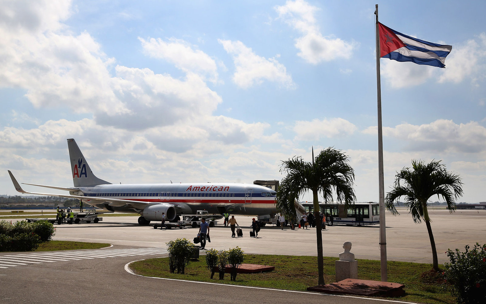 Airlines Travel to Cuba