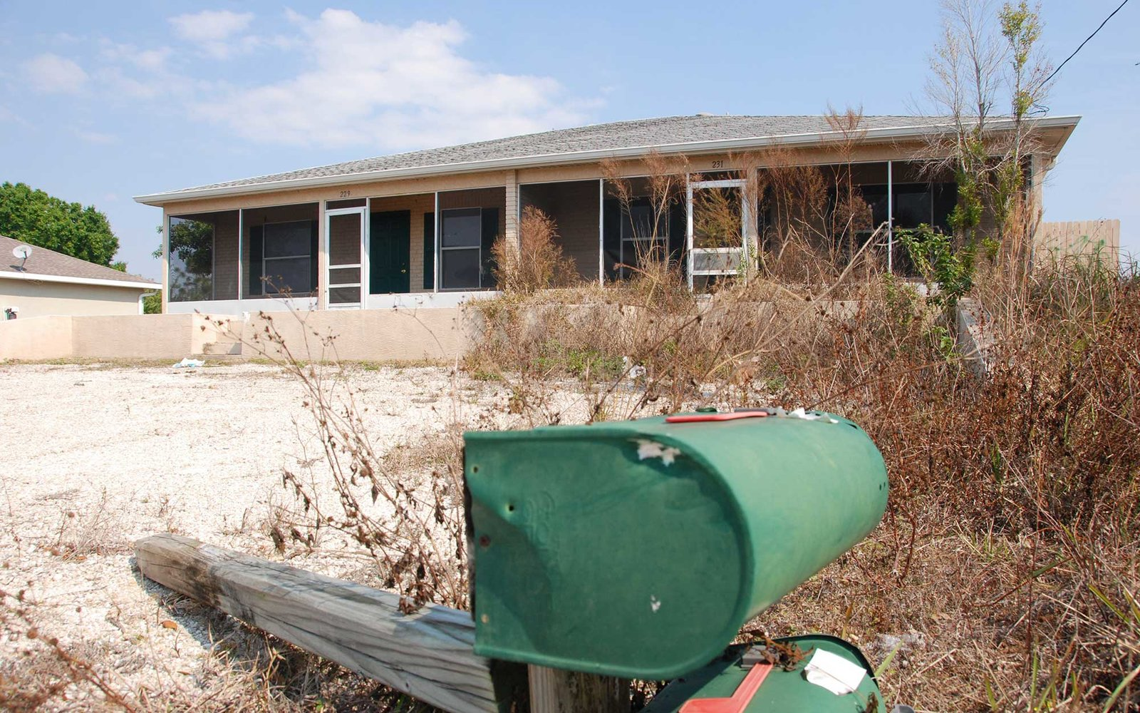 NBC NEWS -- Florida Housing Crisis -- Pictured: In this Lehigh Acres, Florida, neighborhood, home after abandoned home reflects the dismal state of the housing market -- Photo by: Stephanie Himango/NBC NewsWire