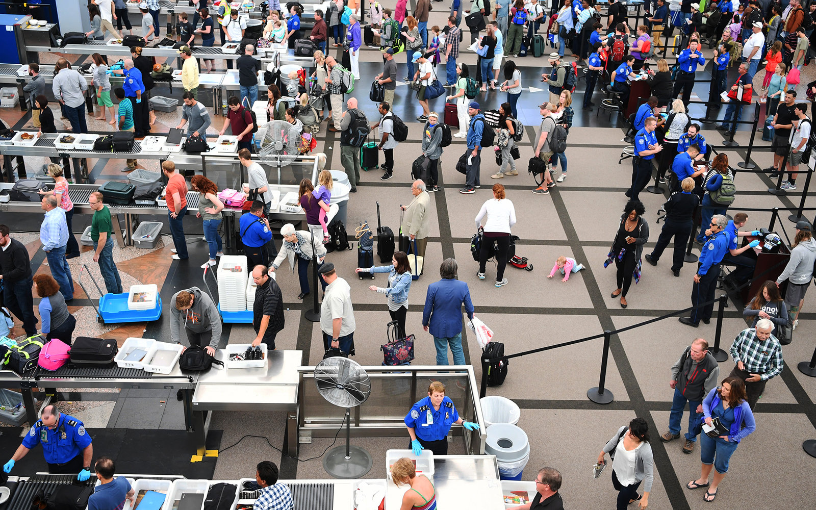 tsa says passengers only have themselves to blame for long lines