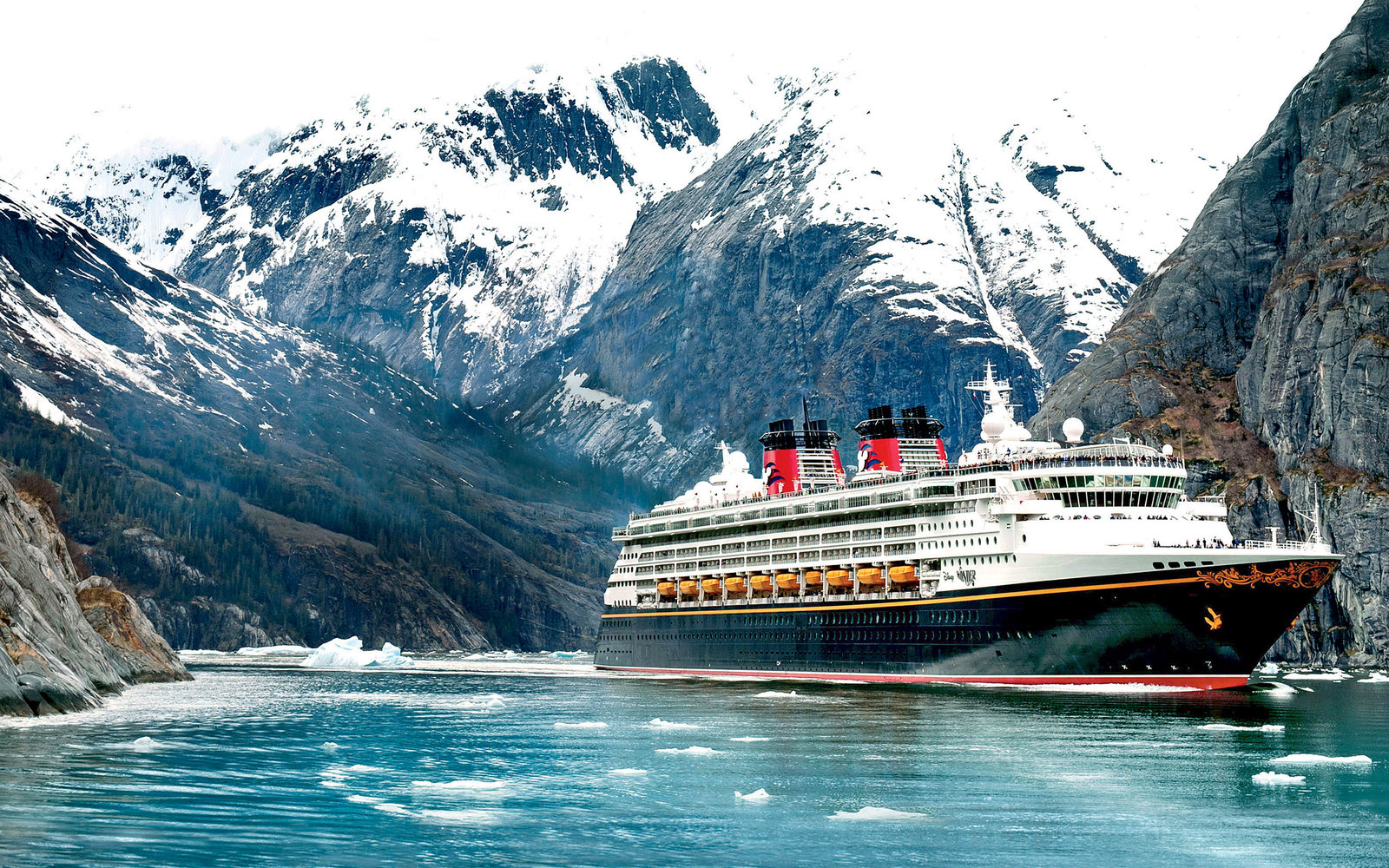 The best cruise lines for families travel leisure for Best cruise lines in the world