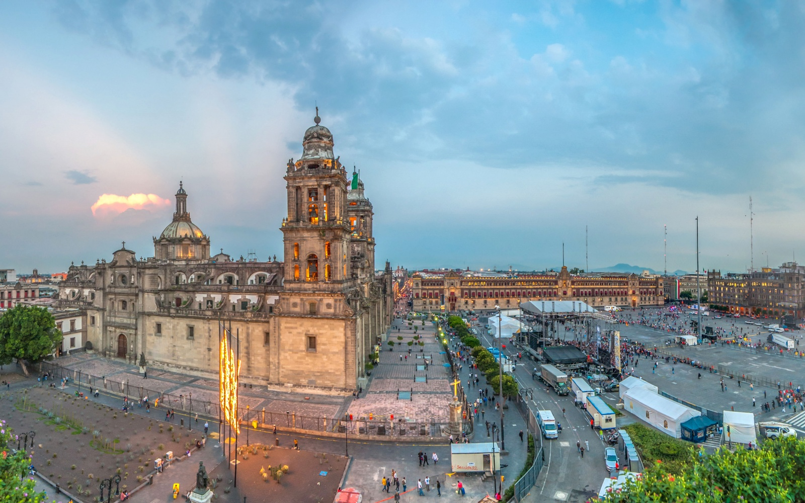 No 2 the z calo mexico city world s most visited for Vacation in mexico city