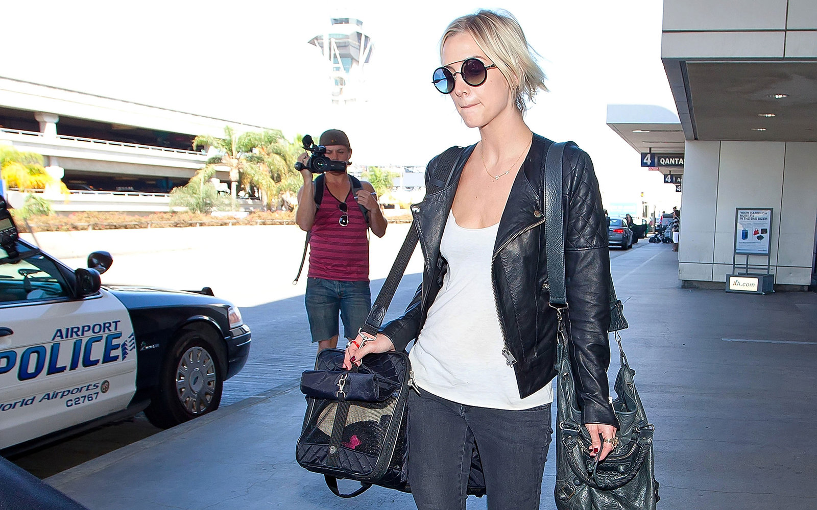 salt, paper and slippers: how to travel like ashlee simpson