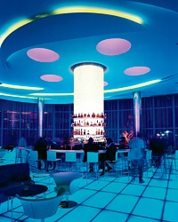 Fontainebleau Hotel's Extreme Makeover