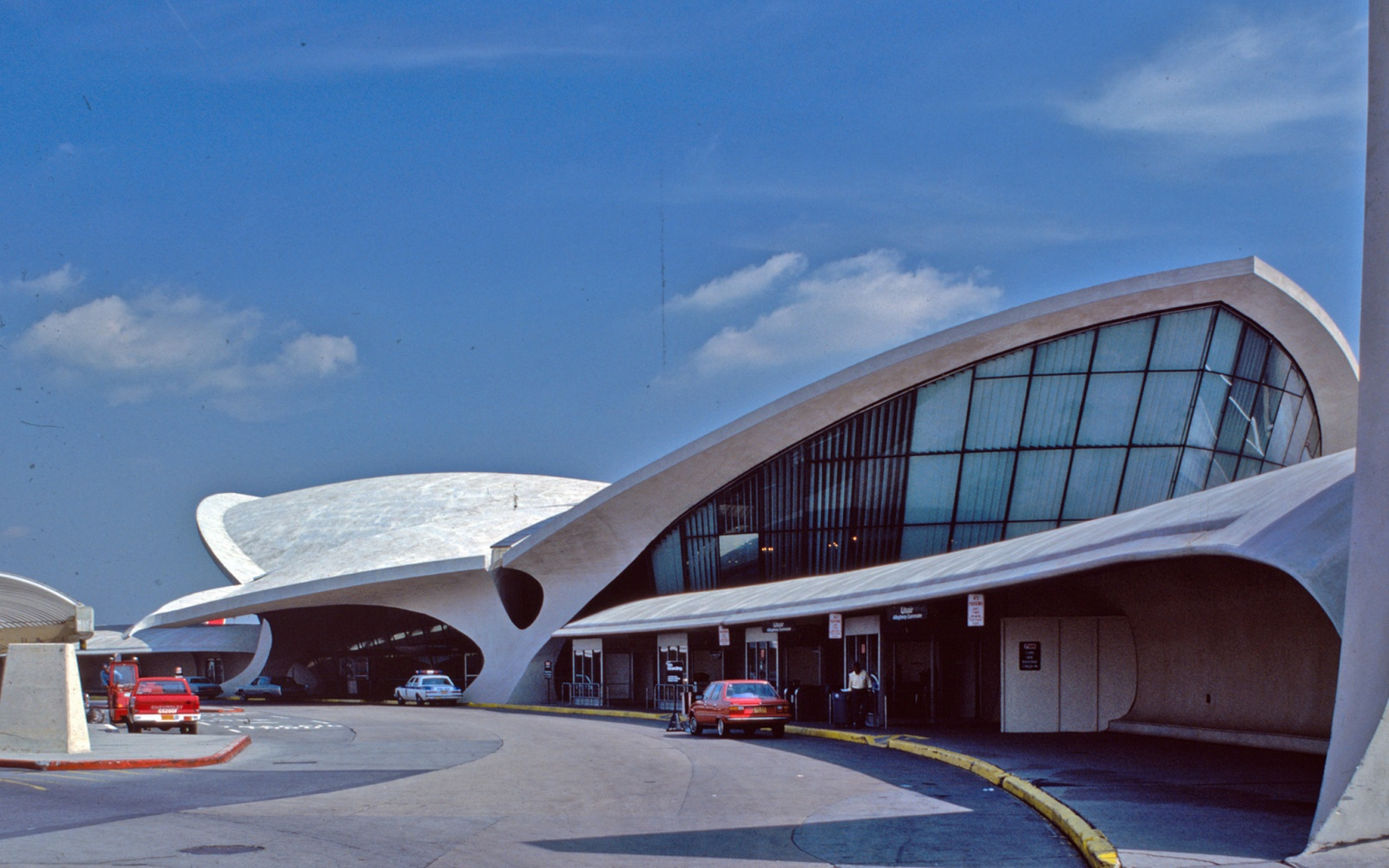 Jetblue hotel twa terminal travel leisure for Hotel at jfk terminal
