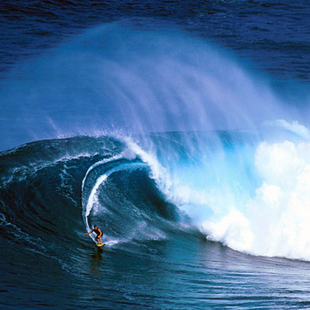Where To Watch Big Wave Surfing On Maui Travel Leisure