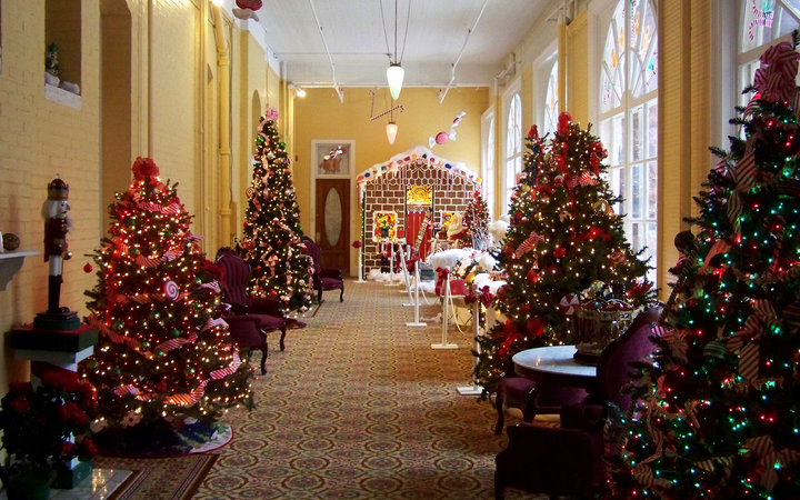 Christmas Hotels