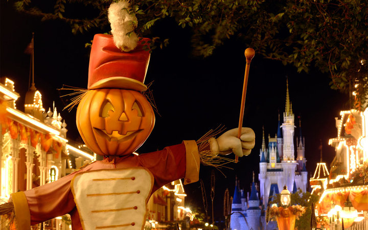 America's Best Cities for Fall Travel: Orlando, FL