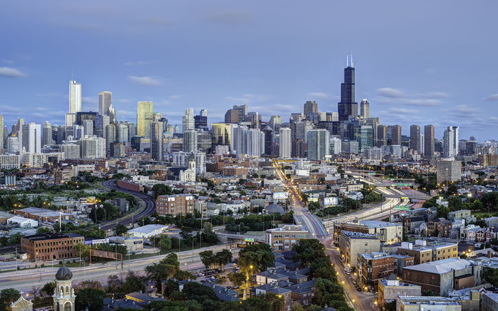 Cheapest places to travel each month in the u s for Hotels in chicago under 100