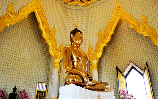 Wat Traimit Golden Buddha in Bangkok