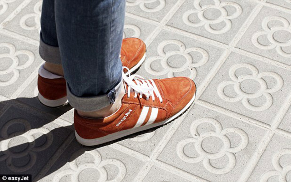 easy jet gps shoes
