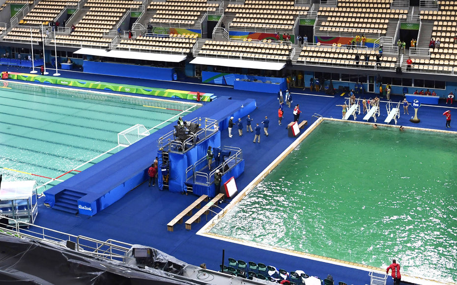 Here S Why The Water In The Rio Olympics Diving Pool Turned Greentrue Viral News True Viral News