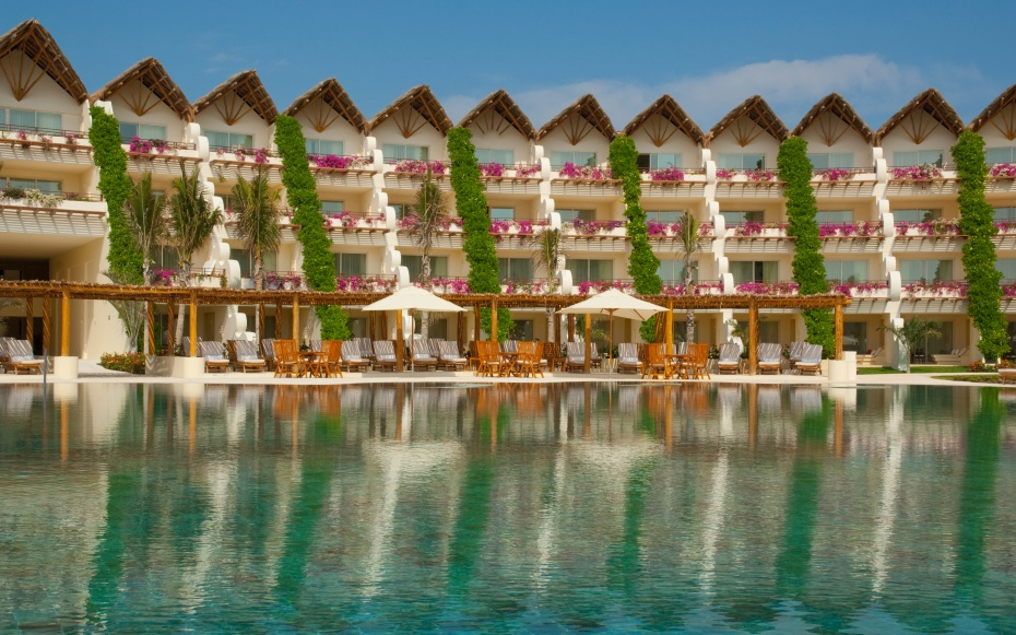 No 11 grand velas riviera maya playa del carmen best for Top rated mexico all inclusive resorts