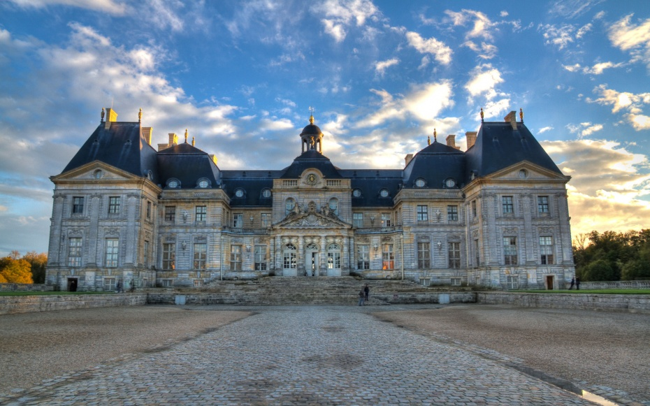 Novelist Alexander Chee Snuck Into A French Chateau To
