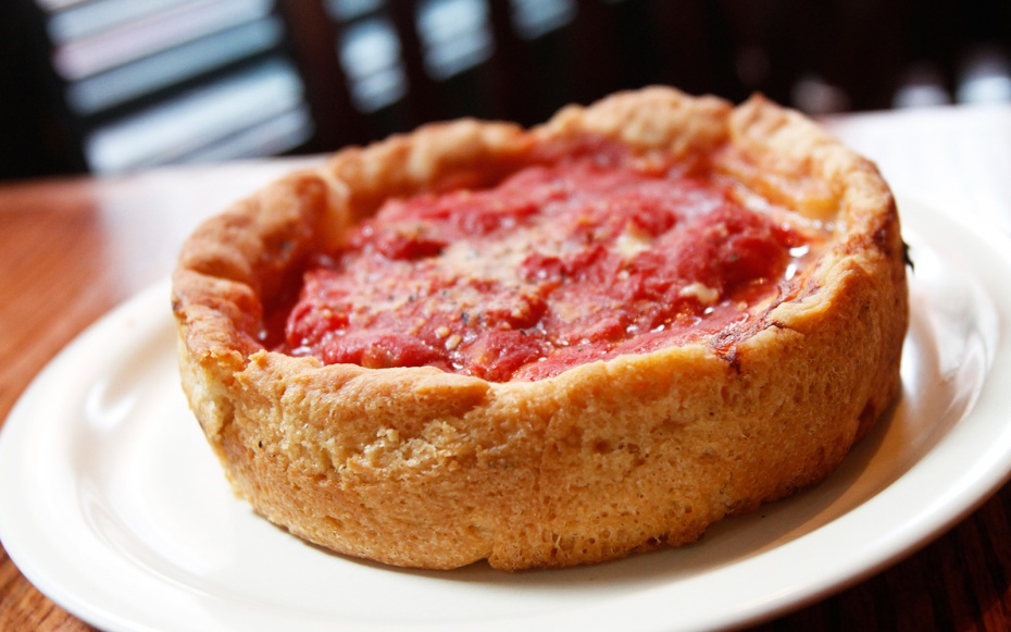 deep dish pizza Chicago, Illinois