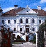 Palaces in Hungary: Yours for the Night