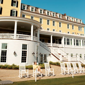 Rhode Island's Revamped Ocean House Hotel