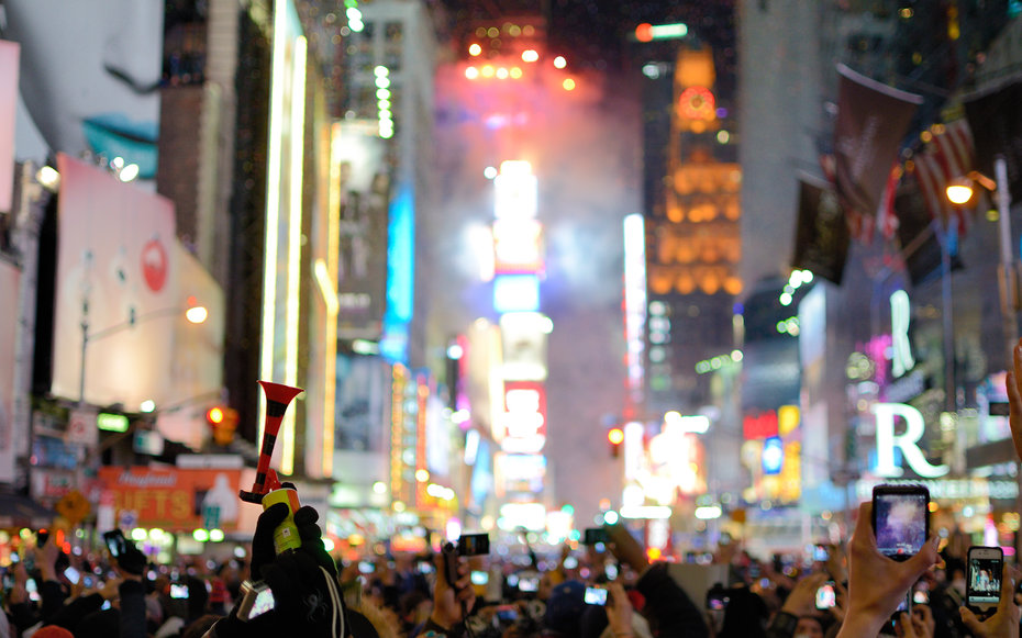 93 fun free things to do for new year s travel leisure for Things to do near times square