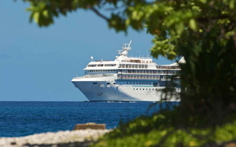 No 2 small ship ocean cruise line paul gauguin cruises for Top small cruise lines