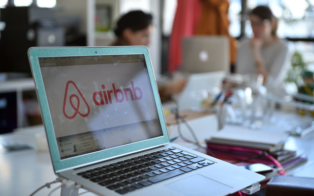 Airbnb Aides Travel Paris
