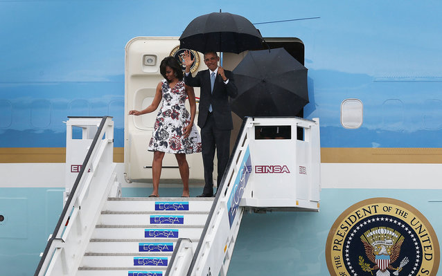 HAVANA, CUBA - MARCH 20:  U.S. President Barack Obama and Michelle Obama arrive at Jose Marti International Airport on Airforce One for a 48-hour visit on March 20, 2016 in Havana, Cuba.   Mr. Obama's visit is the first in nearly 90 years for a sitting pr