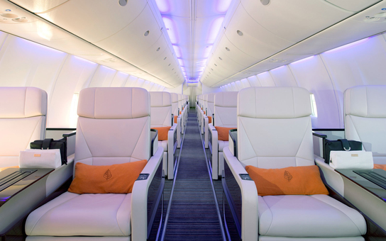 interior four seasons jet