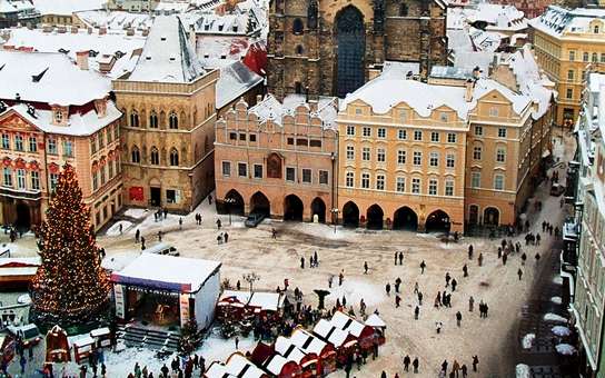 Prague in winter - central market place.