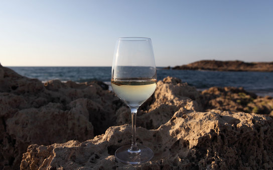 Wine on the Rocks