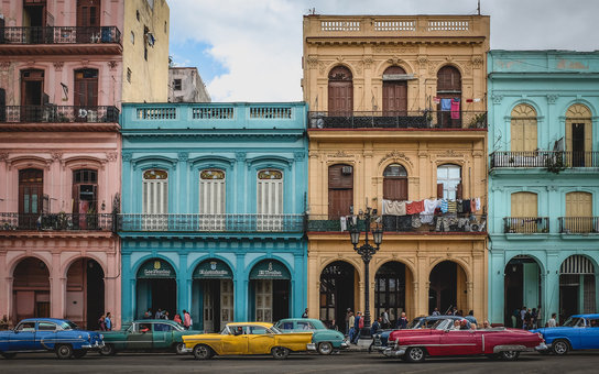 Old American Cars in Old Havana