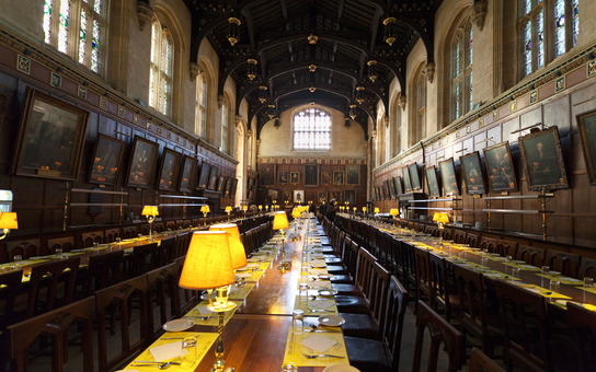 Hogwarts great hall dinner