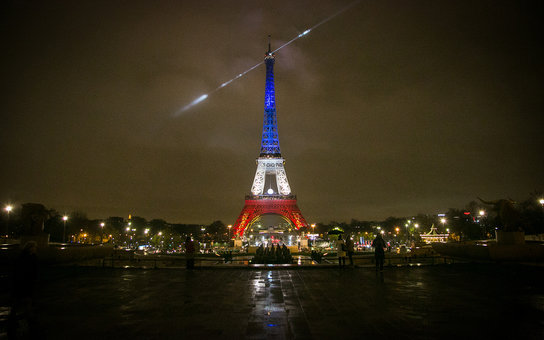 Paris Terrorist attacks Eiffel Tower lights
